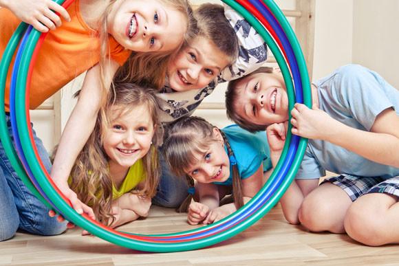 Niños con aros